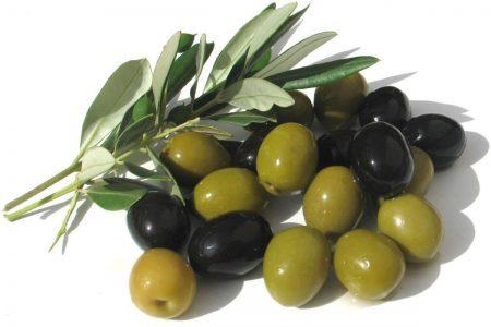 Ricetta: Salsa alle olive verdi e nere