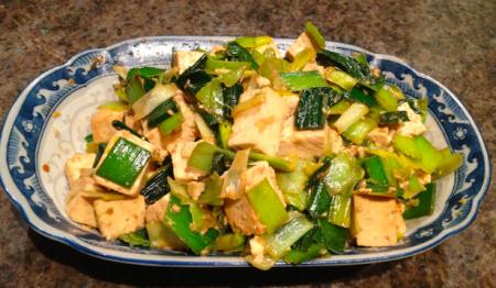 Ricetta: Tofu saltato con porri