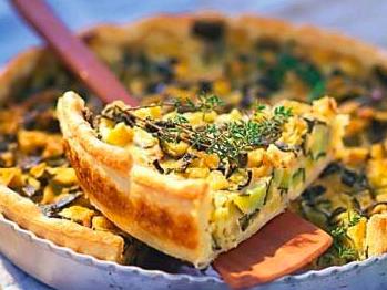 Ricetta: Torta salata con zucchini, scorza di limone candita e parmigiano