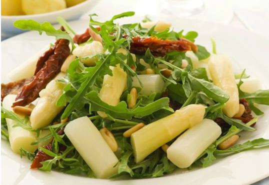 Contorno di primavera: Insalata di asparagi e rucola