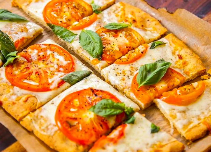 Ricetta: Pizza senza glutine con base di farina di mandorle