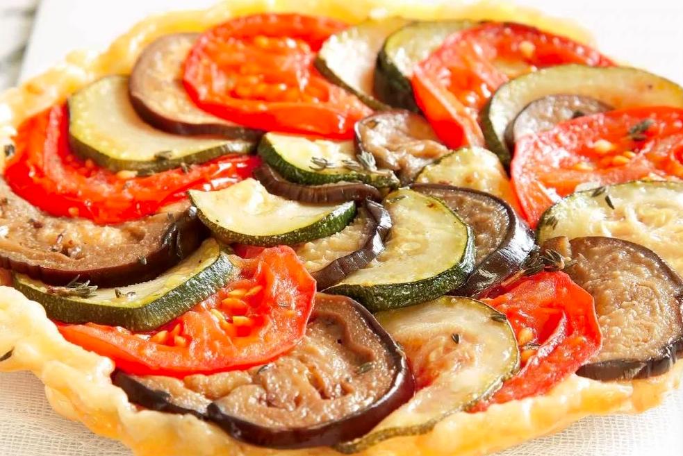 Ricetta: Torta salata di verdure estive